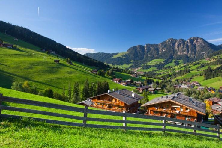 tirolo 543923905 740x494 - L'Austria in moto, itinerario a due ruote da Innsbruck a Linz