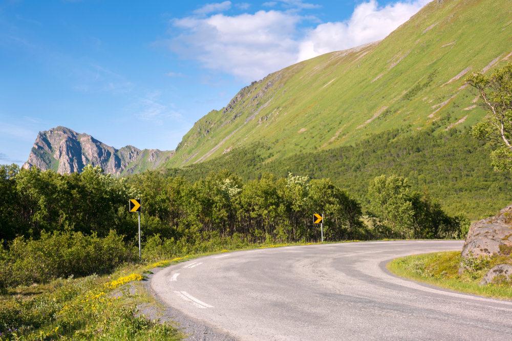 Strada Lofoten, Norvegia in moto