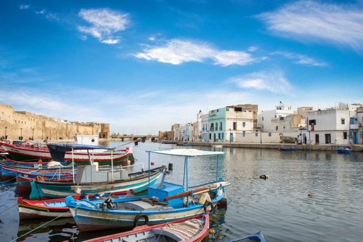 shutterstock 246721840 740x494 - Moto itinerario in Tunisia lungo la Costa del Corallo