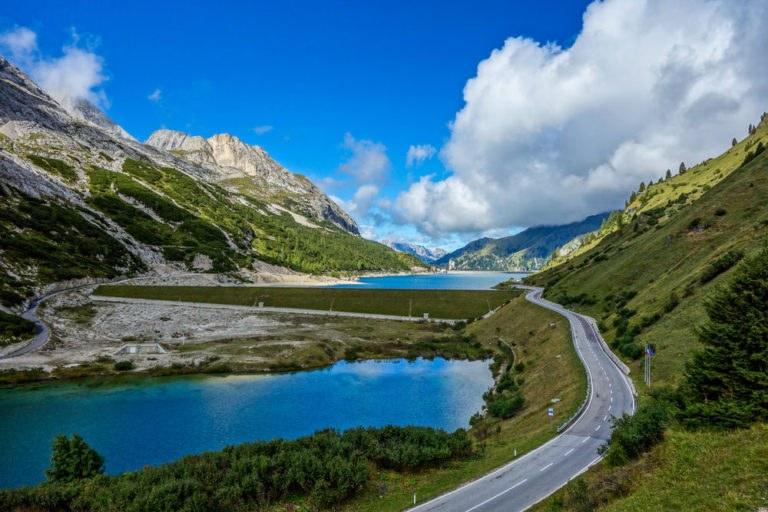 fedaia 1 768x512 - Itinerario in moto tra il Passo Fedaia e il Passo Falzarego