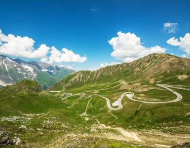 grossglockner 2 385x300 - BonzoTeam, Dolomiti Marathon 2015: itinerario in moto tra Großglockner e Monte Cristallo