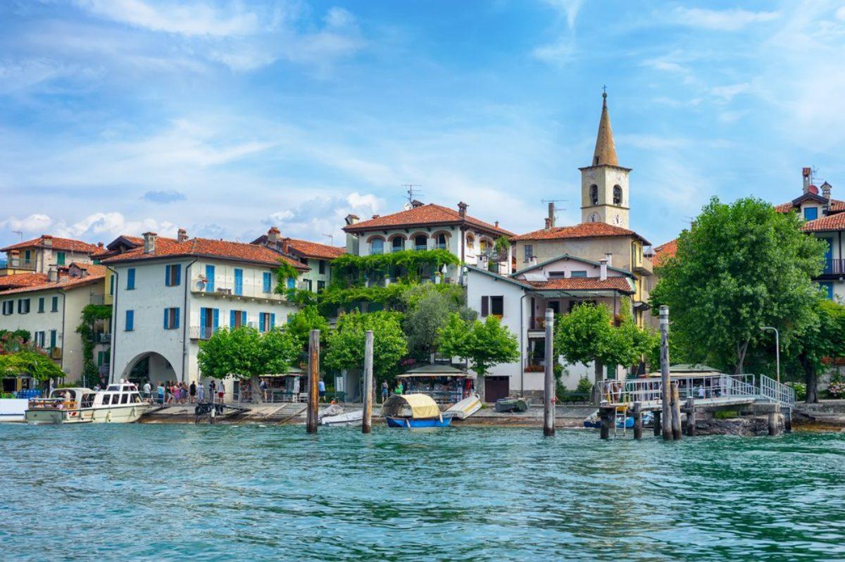 Cartina Lago Maggiore Stradale.Lago Maggiore In Moto Sul Bacino Di Confine Trueriders