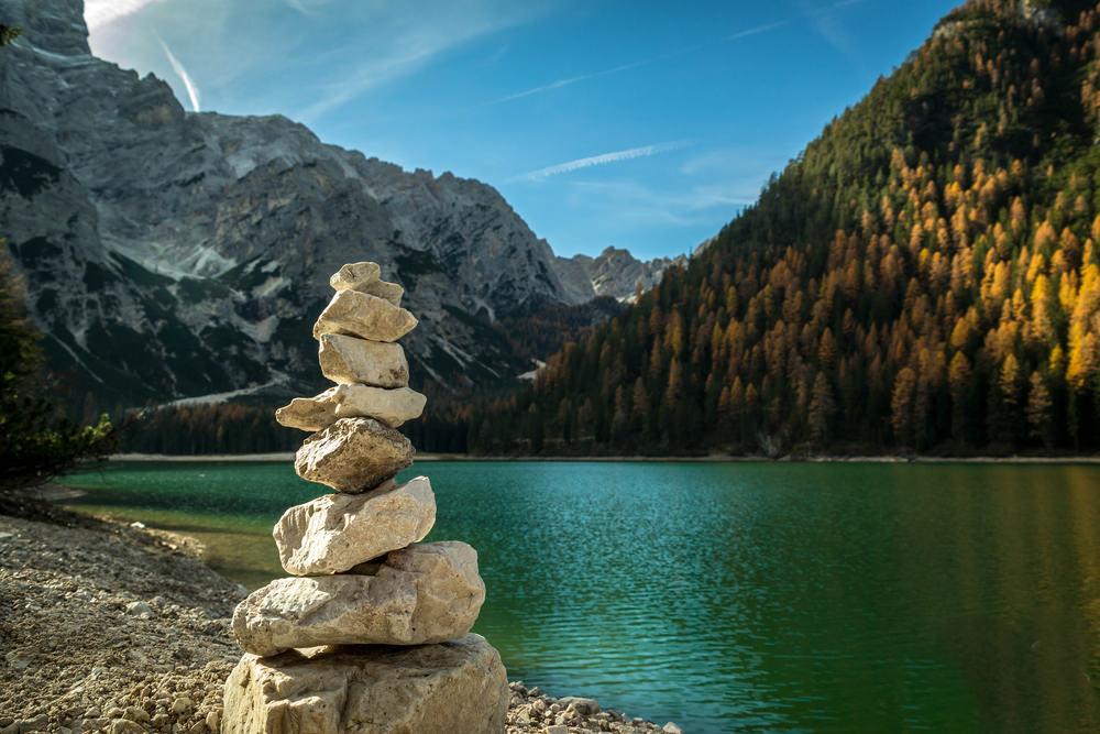 In moto sui laghi delle dolomiti tra veneto e trentino for Mobilificio trentino alto adige
