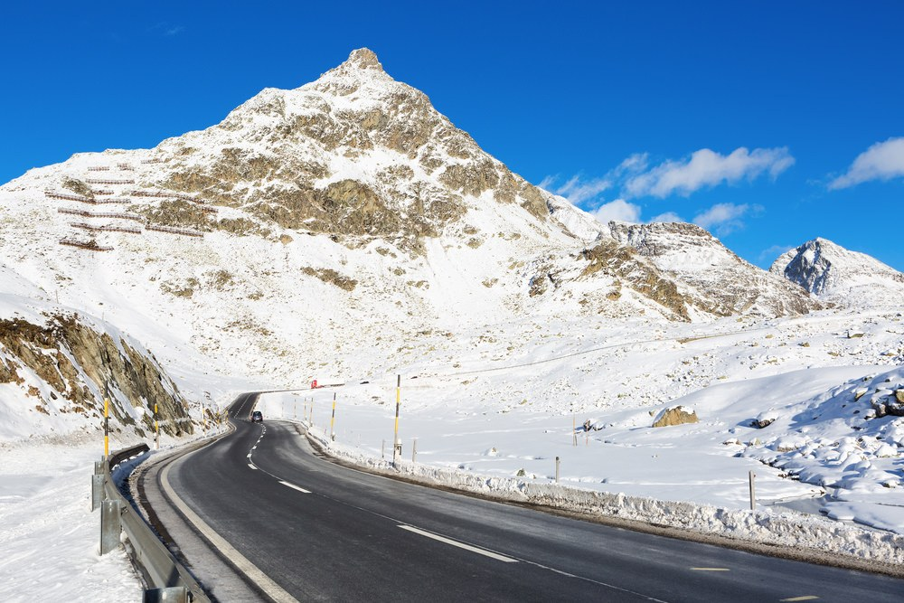 Julierpass, inverno Svizzera in moto