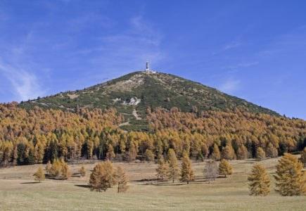 shutterstock 516074497 435x300 - Passo del Bondone, in moto tra le meraviglie del Trentino