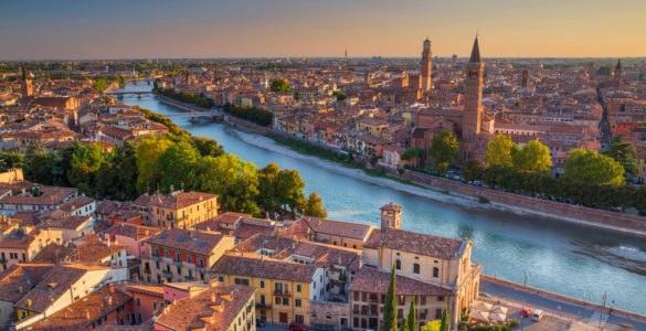 shutterstock 521888305 585x300 - Giro in moto nel Veneto: il Basso Veronese e le strade del riso