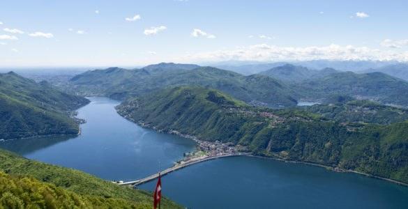 shutterstock 638016787 585x300 - La Val d'Intelvi, in moto tra Italia e Svizzera