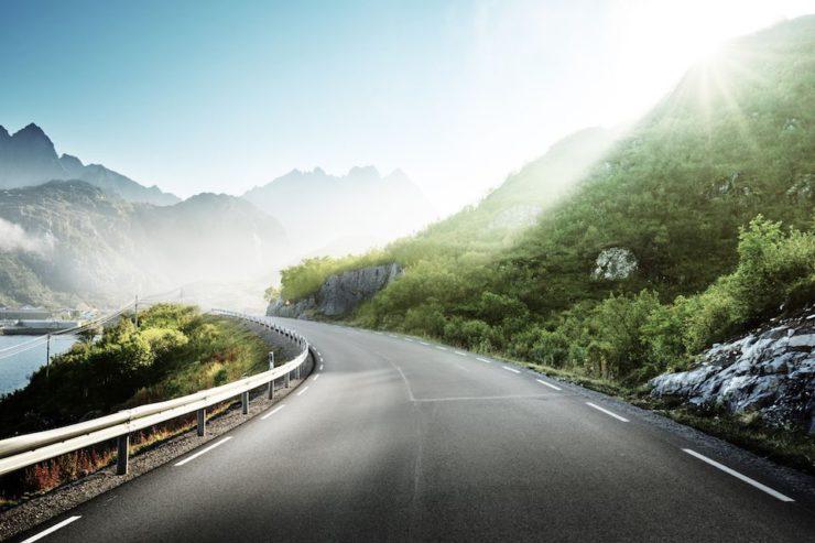 Le Isole Lofoten, tra le mete da non perdere di un viaggio in moto in Scandinavia
