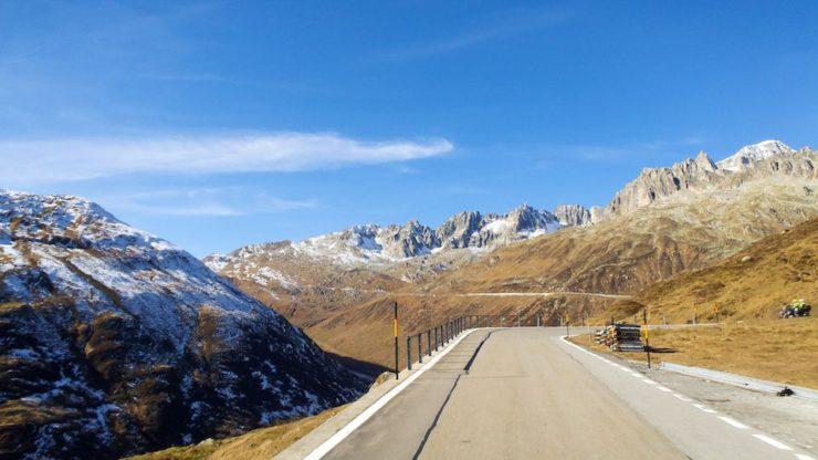 Itinerario in moto sul passo della Furka
