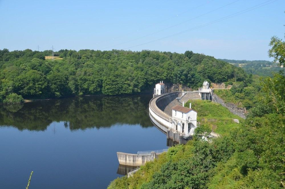 eguzon - Motoitinerario in Francia alla scoperta della Loira di Berry