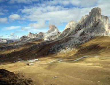 Dolomiti Tour, viaggio in moto ad alta quota