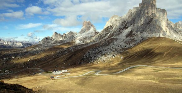 Dolomiti Tour, viaggio in moto ad alta quota