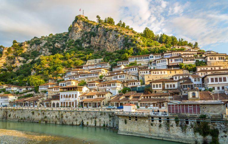 Berat Old City Albania 768x487 - BT Summer 2016, giorni 5-8. In moto nei Balcani, tra Cattaro e Patrasso