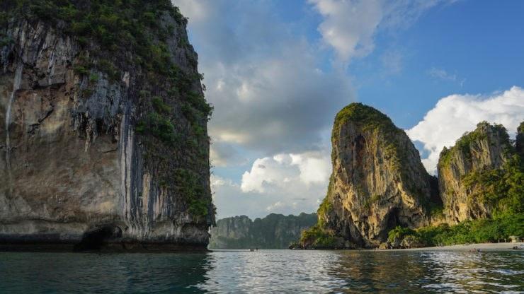 La Thailandia in moto, dalla costa ai parchi nazionali