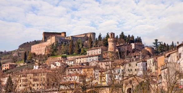 castrocaro terme 585x300 - Festival dei Sapori e Artigianato - Castrocaro Terme (FC), 15-17 aprile 2017
