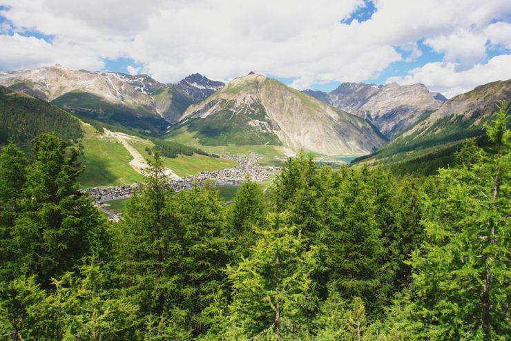 Passo del Foscagno, in moto sulle vette delle Alpi Retiche