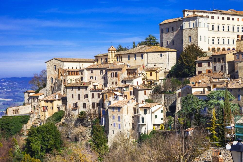 Todi - Parco Fluviale del Tevere, in moto tra le strade dell'Umbria