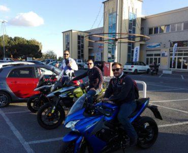 bonzo team suzuki 370x300 - In viaggio con Suzuki - Alla scoperta del Bonzo Team, i protagonisti del viaggio in moto in Cilento