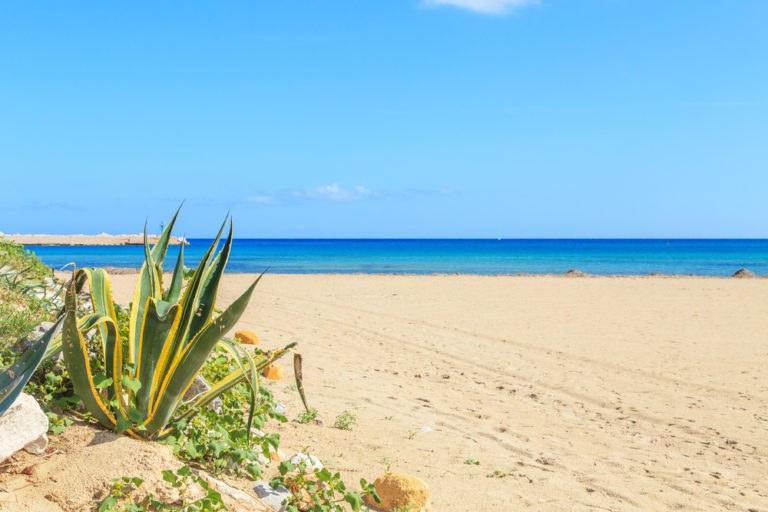 shutterstock 268610132 768x512 - La costa trapanese in moto, itinerario di viaggio in Sicilia