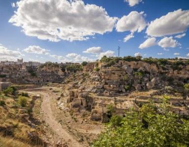 Itinerario in moto in Puglia nel Parco Regionale della Terra delle Gravine