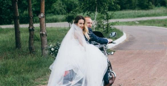 sposi in moto_584623483