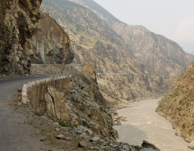 shutterstock 137273237 385x300 - Strada del Karakorum, alla scoperta delle vette di Pakistan e Cina