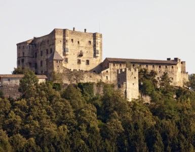 shutterstock 68236108 385x300 - Trentino Alto Adige: in moto nella Valle dei Mocheni attraversando il Passo Redebus