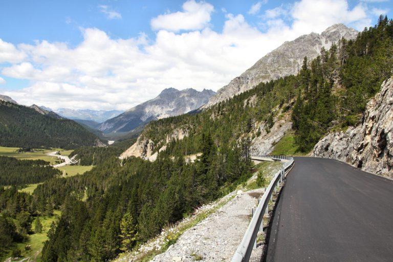 Passo del Forno 768x512 - Passo del Forno, in moto nel Canton Grigioni