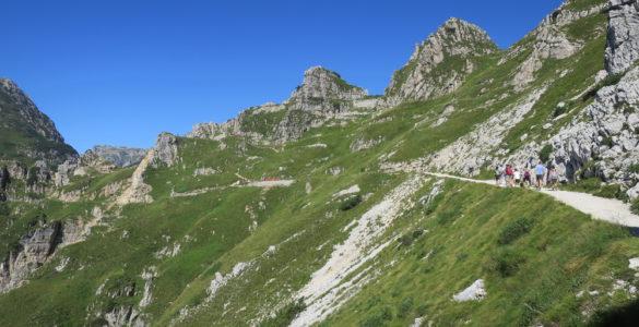 pasubio 585x300 - La Strada delle 52 Gallerie e il Monte Pasubio in moto