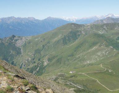Colle del Colombardo, Piemonte in moto