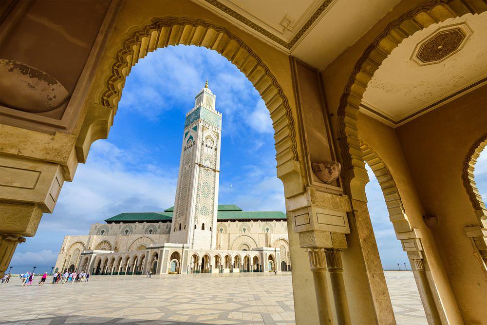 Marocco in moto. Moschea Hassan II, Casablanca