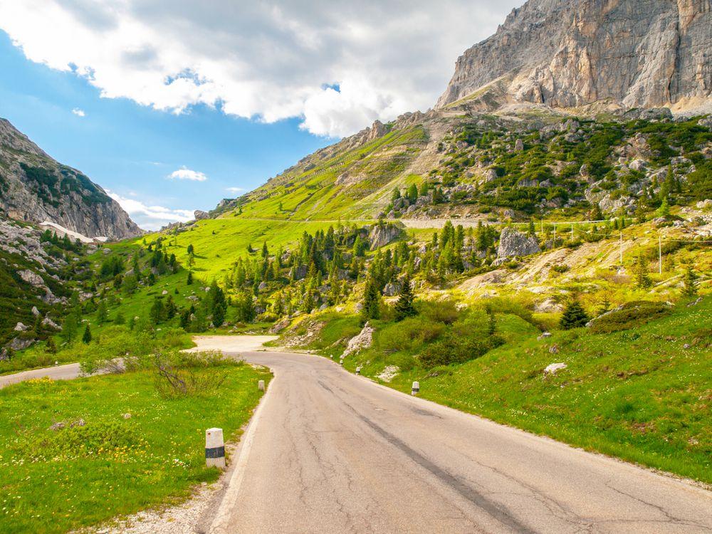 Grande Strada delle Dolomiti - Falzarego