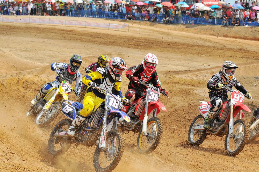 Abbigliamento motocross, sicurezza