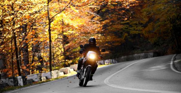 Viaggi in moto in autunno