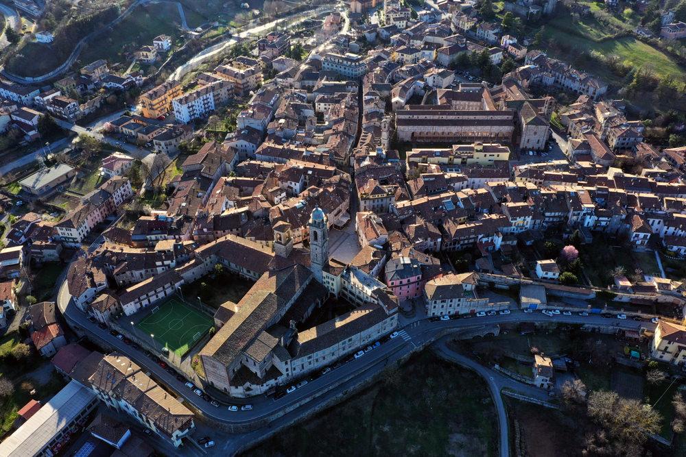 Sali a Borgo, Bobbio
