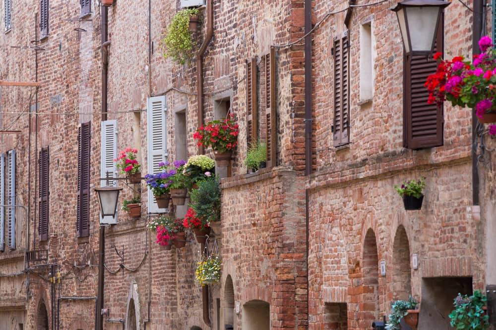 Val di Chiana: Città della Pieve, centro storico, case