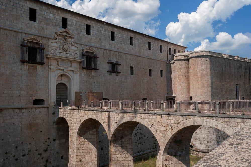 Forte Spagnolo, L'Aquila